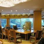 ホテル天坊 - ロビーの様子。