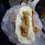 ブタまんの江戸清 - メンマ肉まん(500円)