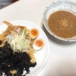 どさん子 - 魚介濃厚つけ麺(850円)