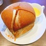 カフェ しょぱん 長良 - 自家製パンを上から〜