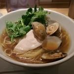 81178925 - 蛤と牡蠣の醤油SOBA(1,000円)