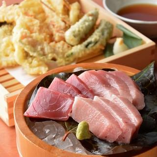 ●和食中心!マルサの職人が丹精込めて作る料理の数々♪