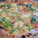 カンパネ食堂 - 蒸し鶏と枝豆のピッツァ