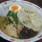 上海亭 - 上海ワンタン麺