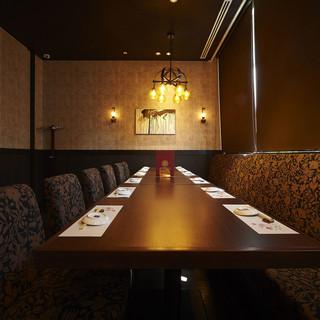 接待や晴れの日には優雅な個室でお食事を◎