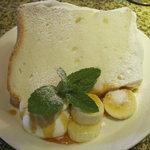 タロカフェ - もちもちなシフォンケーキ
