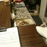 牡蠣Bar -