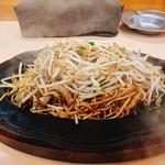 想夫恋 飯塚店 - 焼そば(玉子入り)¥920