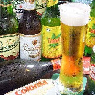 お肉料理に欠かせない!世界各国のビールを豊富にご用意◎