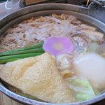 めんちゃんこ亭 - 『元祖めんちゃんこ』は、オリジナル麺・和風スープ・具材を一人前用の鉄鍋で煮込む、 ボリュームたっぷりのちゃんこ風麺料理です。