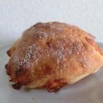 ベーカリーバカンス - チーズのチャバッタ
