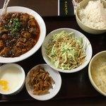 晴々飯店 - 麻婆豆腐定食(750円)