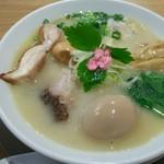 和風ピンポン竹末 - 味玉鯛塩らーめん ¥1,000