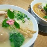 和風ピンポン竹末 - 鶏と豚の2種類のチャーシューが美味い♪