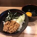 石臼挽き蕎麦とよじ - 朝食納豆丼