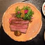 日本料理 まめぞう - ●黒毛和牛低温調理焼き●しっとり柔らかい赤身の牛肉。