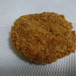 村井肉店 - 料理写真:ヤミツキメンチ