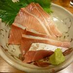 串焼き いの田 - 鰤のお造り