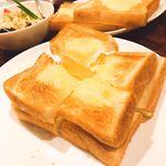 談妃留 - バニラトースト(^^) バニラアイスとトースト合いますね!