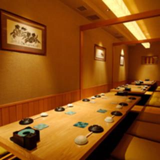 ご人数に応じた個室が充実。広々とした上質な和空間