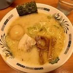 日高屋 - 味玉とんこつラーメン520円(税込)だぜ