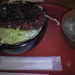 みんなのキッチン - 今田屋極厚ソースカツ丼(880円)