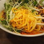 麺処 井の庄 - 麺アップ