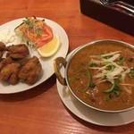 インド料理サッカール - マトンドピャーザ、鶏肉のスパイシー唐揚げ