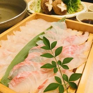 季節を感じる月替りの本格和食コース料理