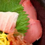 黒・紋 - クロマグロ丼