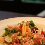ALBA - 2011最初の冷製パスタはGG野菜と生ハムで ガスパチョのソースが爽やかです