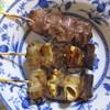 もつ焼き だるま - 料理写真:タン、ナンコツ