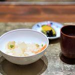 白金台こばやし - 大根ご飯 香の物 お味噌汁