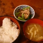 81234210 - ご飯と味噌汁と煮物