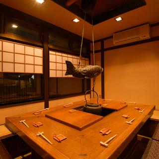 昭和の鮨店を思わせるしつらえの、風情漂う一軒家