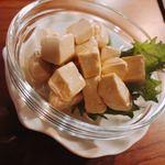 スモーク ビア ファクトリー NAMACHAん Brewing - チーズの燻製たまり醤油漬け(めっちゃウマイ!)