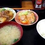 おふくろ亭 - 料理写真:肉じゃが・肉詰めピーマン・ごはんセット
