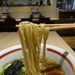 支那そばや 知立 - 醤油らぁ麺(並)(750円)(麺リフトは苦手です)