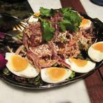 81257010 - ヤムカチアップ、海老と卵入りオクラのスパイシーサラダ