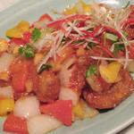81257016 - ガッパオムー、豚肉とタケノコのタイ産バジル炒め