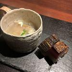 京橋もと  - 浅利と蛤のお椀・鯖寿司