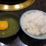 牛庵 - コースのご飯と卵