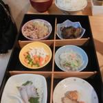 朝美食堂 - 日替わり定食B¥680