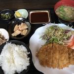 むちゃく - トンカツ定食=750円