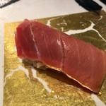 第三春美鮨 - シビマグロ 154kg 腹中 中トロ 熟成11日目 延縄漁 静岡県下田