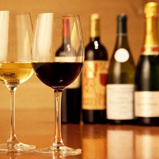 厳選されたワインを50種以上ご用意