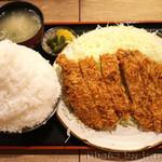 とんかつ 麻釉 - 料理写真:とんかつ