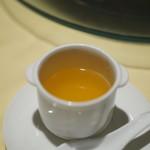 老香港酒家京都 - 炒飯をスープに浸して・・・