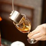 老香港酒家京都 - 20年物、甕入りの紹興酒は激ウマ