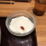 81276686 - 杏仁豆腐